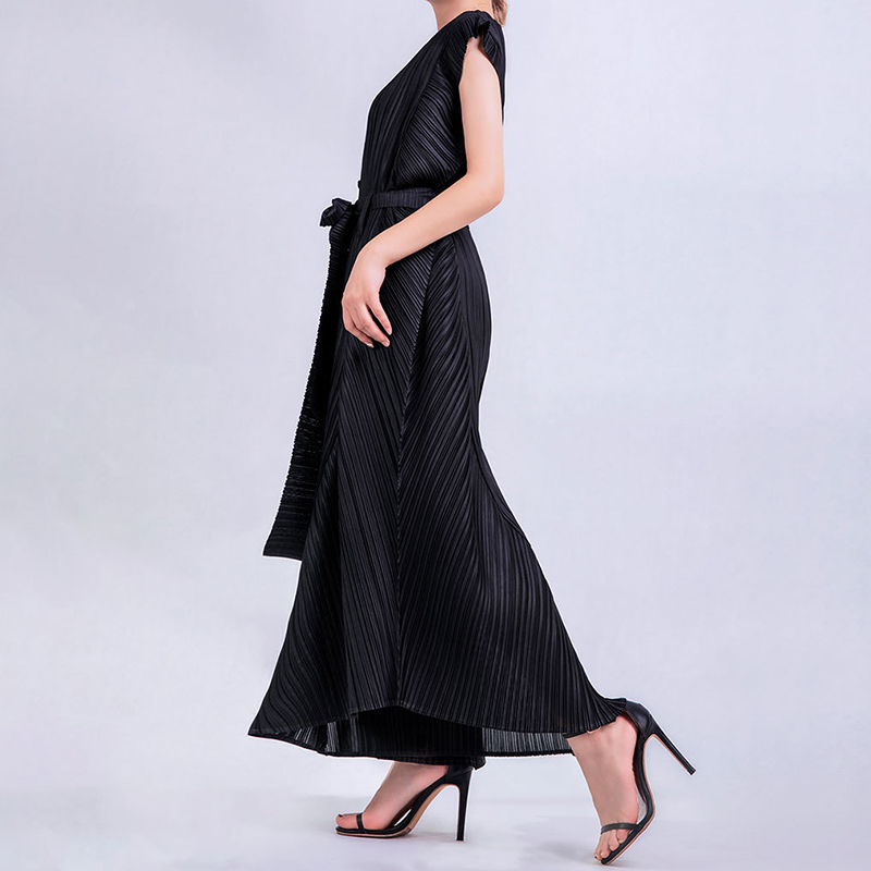 Miyake Pleated Family 2020 Summer Women Casual Jumpsuit Sleeveless Buttons Waist Tie Wide Leg Mono Largo Pants Glam Maker 9963