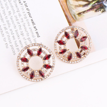 LUBOV Sun Flower Exquisite Red Flowers Yellow Resin Stamen Geometric Stud Earrings For Women Gifts Fashion Jewelry Wholesale