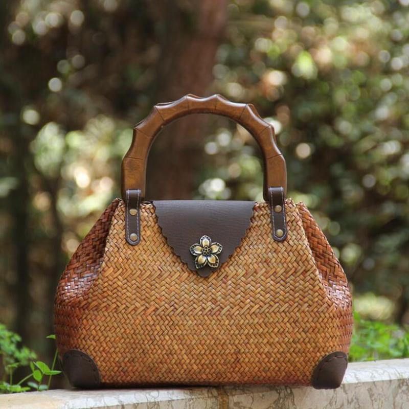 Vintage Wooden Handle Woven Handbag Weaving Straw Bag  Ladies Hand Bags