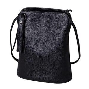Image 1 - 本革タッセルクロスボディバッグ女性の高級財布レディーススモールショルダーバッグファッションマネー財布女性メッセンジャーバッグ