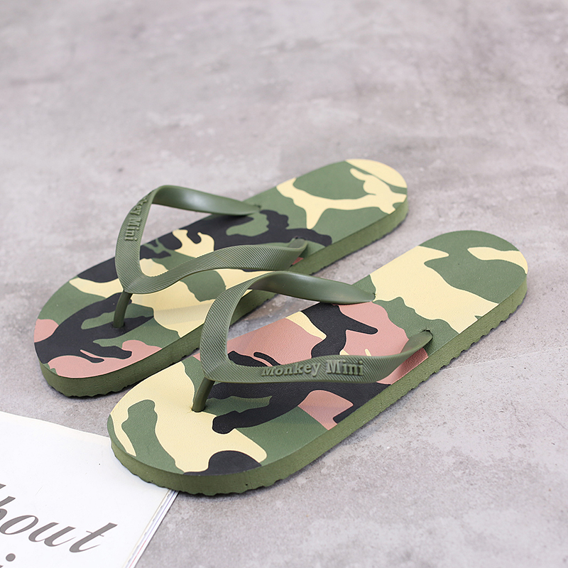 Mens Flip Flops Summer Men's Sandals New Style Camouflage Soft Shoes Outdoor Beach Men's Slippers EVA Massage Men Shoes 2019