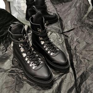 Женские кожаные ботильоны Vibsterimma, белые байкерские ботинки из натуральной кожи с металлическим украшением, байкерские ботинки