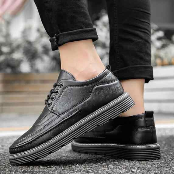Brand Autumn Men Casual Shoes Fashion Sneakers Leather Footwear Soft Rubber Men Flats Shoes black Mens Shoes Sales Flat Designer