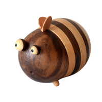 Creative Home Decor Kitchen Toothpick Holders Household Crafts Art Wood Leather Funny Cartoon Bee Toothpick Dispenser Container