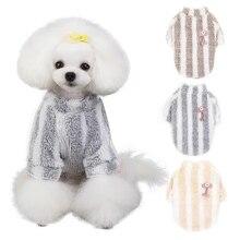 Новая зимняя одежда для собак Теплый свитер с вишнями одежда для маленьких собак пальто белая полосатая ткань джерси Perro модная куртка для домашних животных