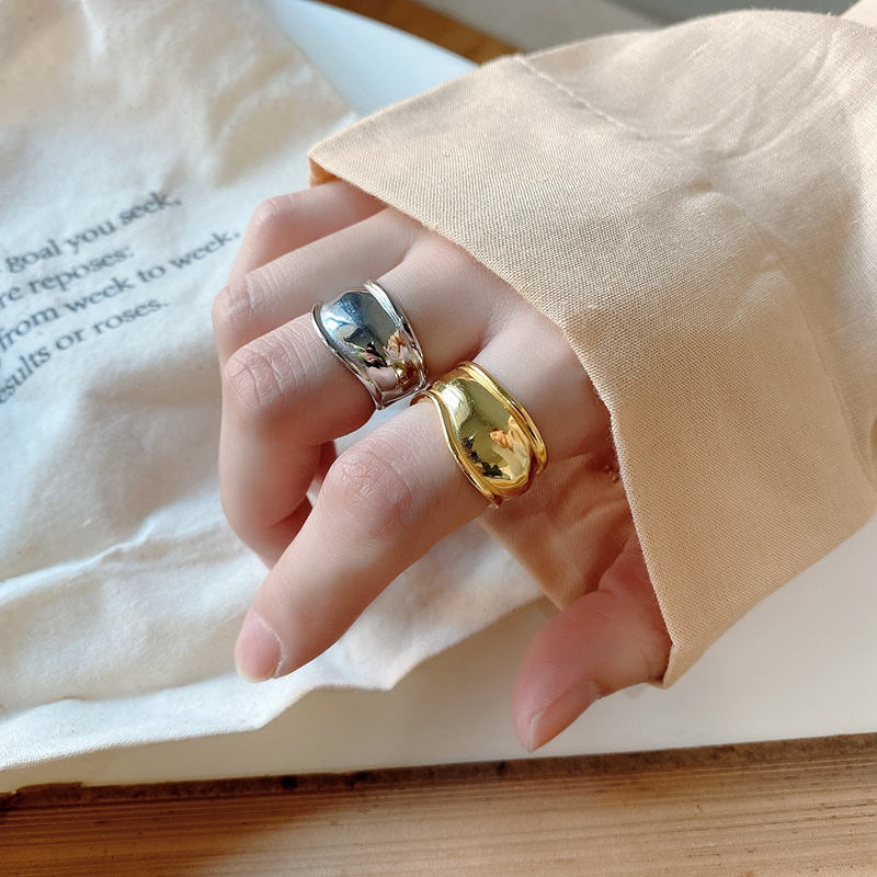 Silvology 925 Sterling Silver Wide Irregular Rings Designers Glossy Minimalist Korea Rings For Women Fashionable Silver Jewelry