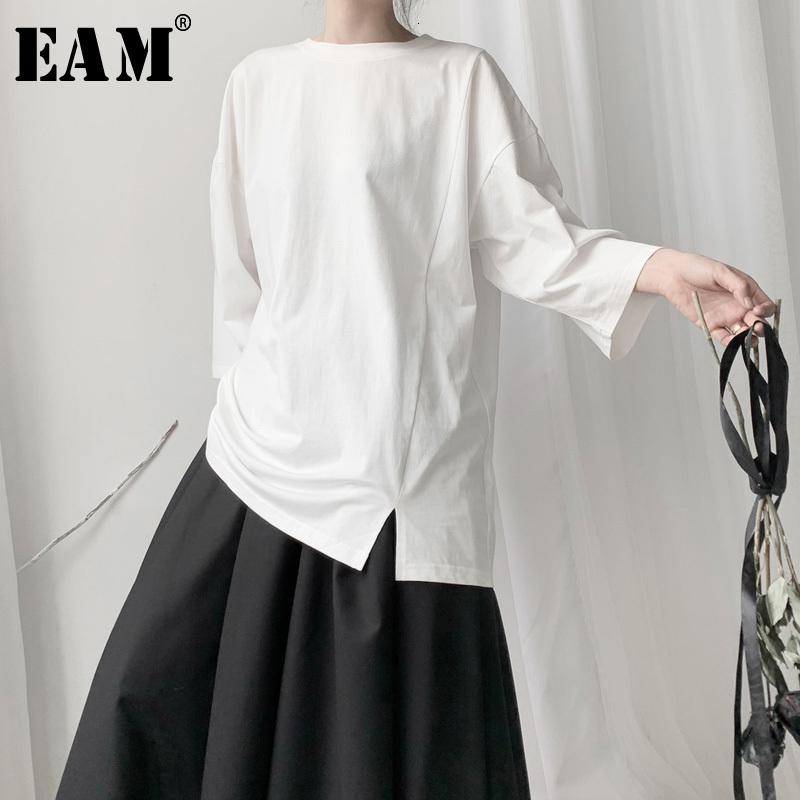 [EAM] Women White Vent Asymmetrical Big Size T-shirt New Round Neck Three-quarter Sleeve  Fashion Spring Autumn 2020 19A-a656