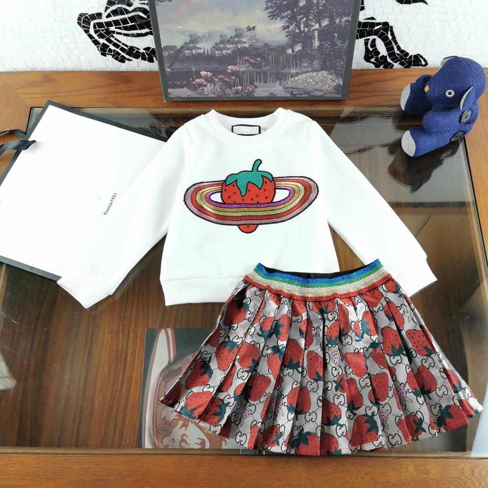 Meisjes Kleding Sets Lange mouwen Cartoon aardbei Borduurwerk T Shirts + plooirok 2 Stuks Meisjes Kleding Sets Kids kostuum - 2