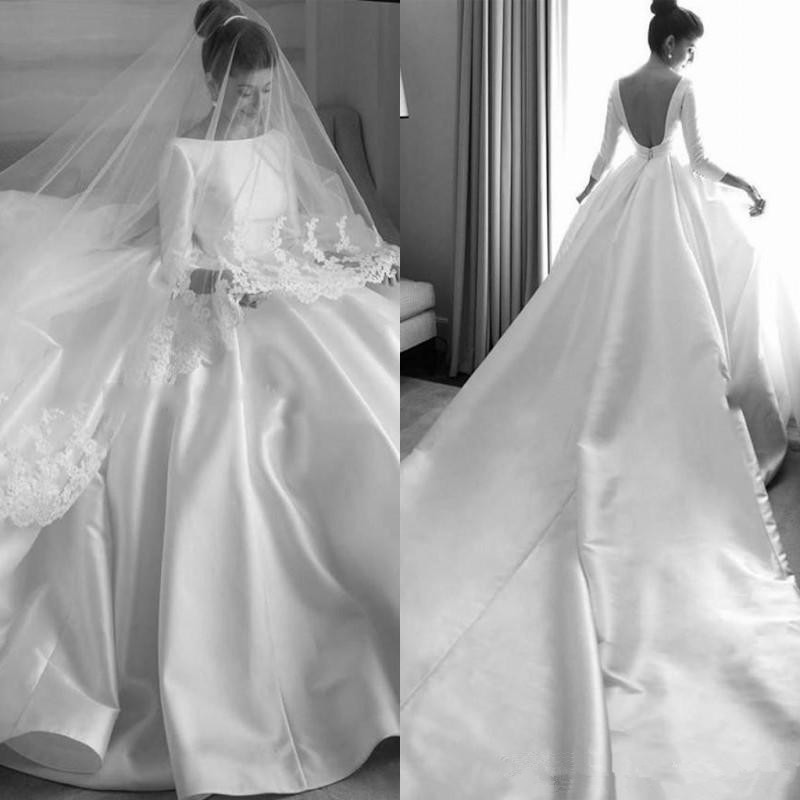 Simple Satin Wedding Dresses Bateau Long Sleeves Chapel Train Backless Wedding Dress Plus Size Country Style Beach Bridal Gowns