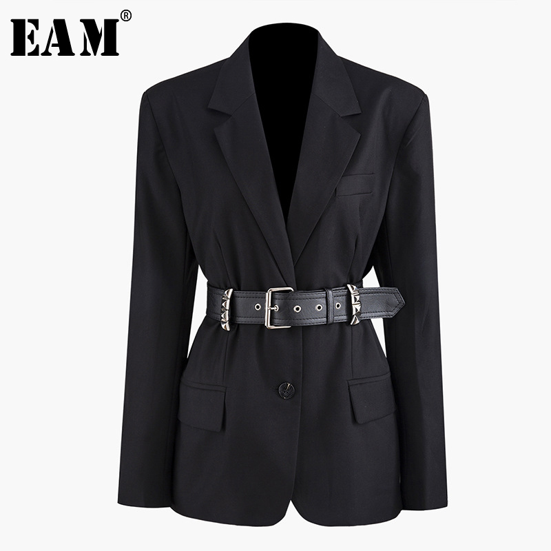 [EAM] Loose Fit PU Leather Rivet Decoration Belt Jacket New Lapel Long Sleeve Women Coat Fashion Tide Spring Autumn 2020 JZ276