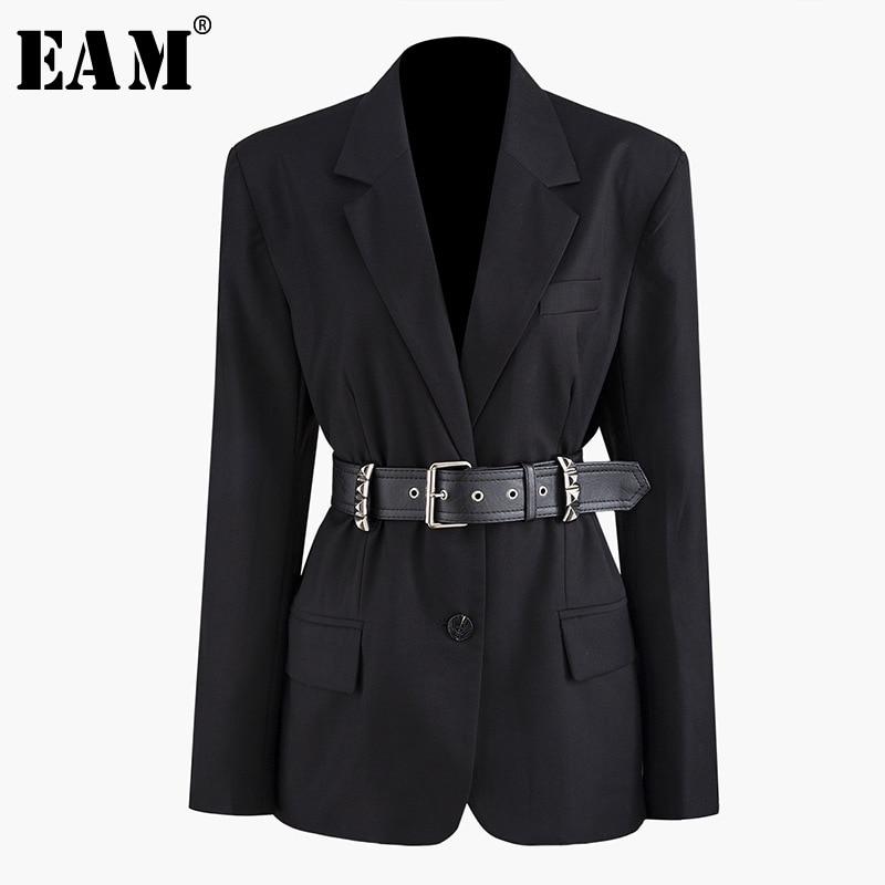 [EAM] Loose Fit PU Leather Rivet Decoration Belt Jacket New Lapel Long Sleeve Women Coat Fashion Tide Spring Autumn 2020 JZ276