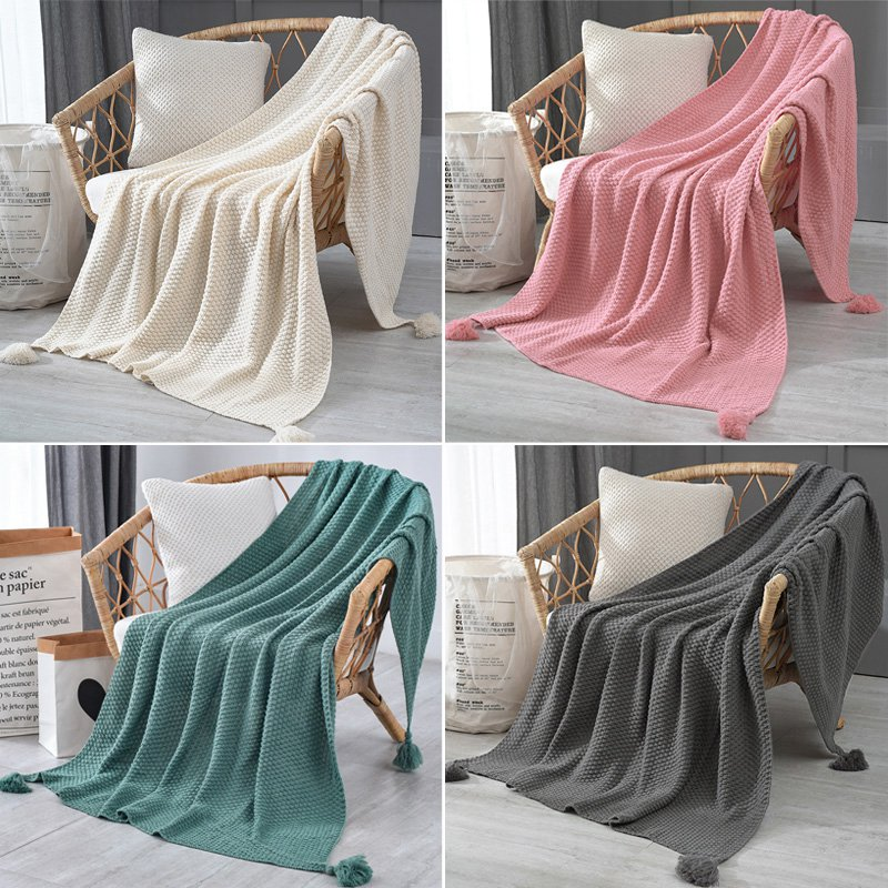 Knitted Wool Sofa Blanket with Tassel Solid Throw Blanket for Beds Sofa Cover Decorative Carpets Winter Warm Bedspread Manta