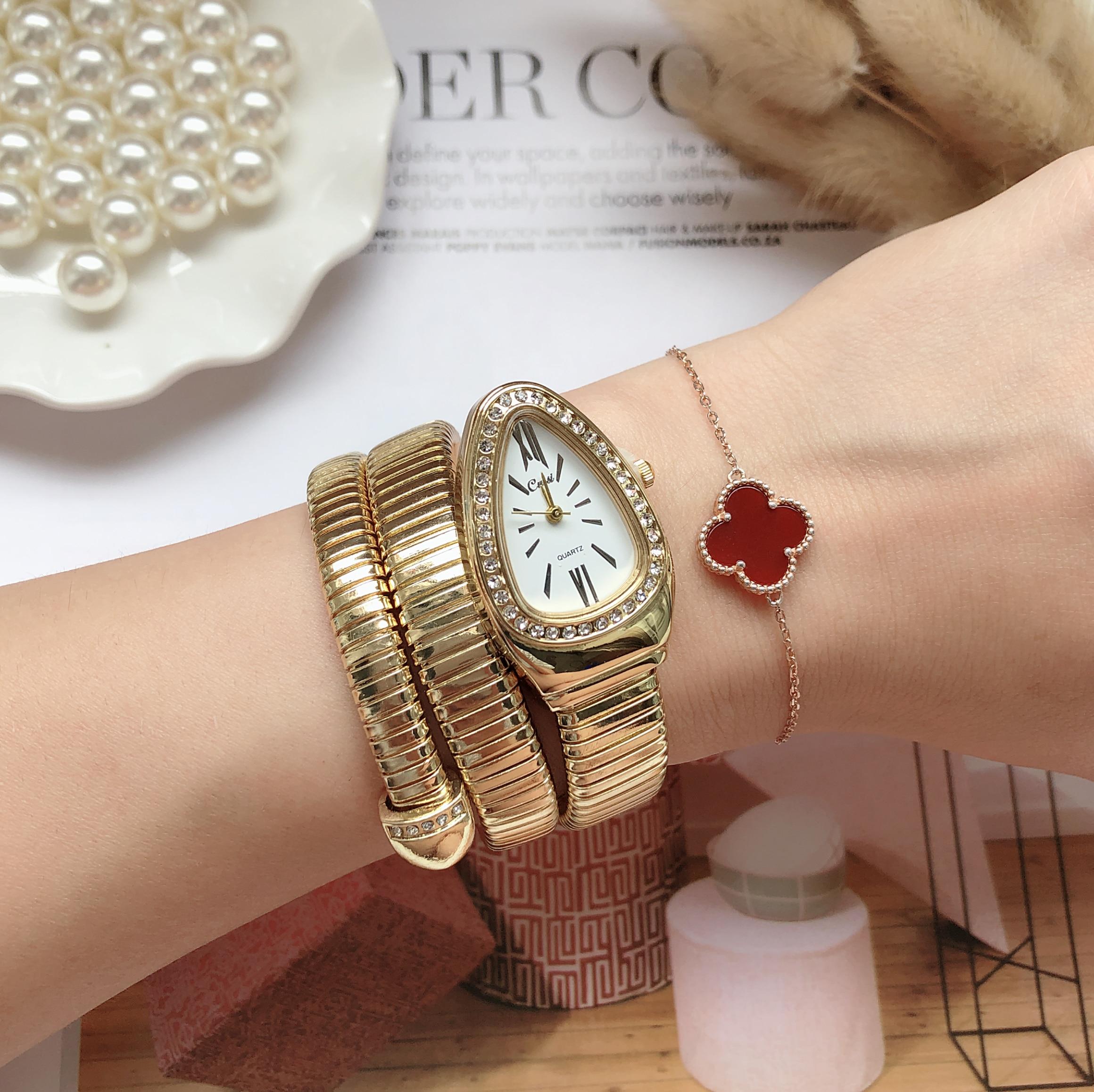 New Women Luxury Brand Watch Snake Quartz Ladies Gold Watch Diamond Wristwatch Female Fashion Bracelet Watches Clock Reloj Mujer