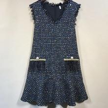 Women high quality V-neck sleeveless tassels dress 2019 autumn elegant plaid tweed dress A881 tie neck fringe detail tweed dress