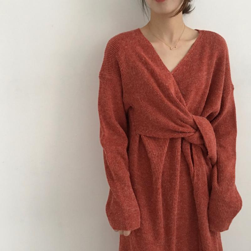 H2e8f54d362004a8d9b39feb4902e0f6fJ - Winter Korean V-Neck Long Sleeves Knitted Dress