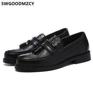 Image 1 - Zapatos de cocodrilo clásicos italianos para hombre, mocasines de oficina, elegantes, de cuero Formal, Sepatu Slip On Pria