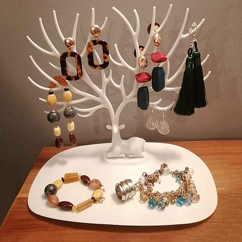 Jewelry Collection Stand 1