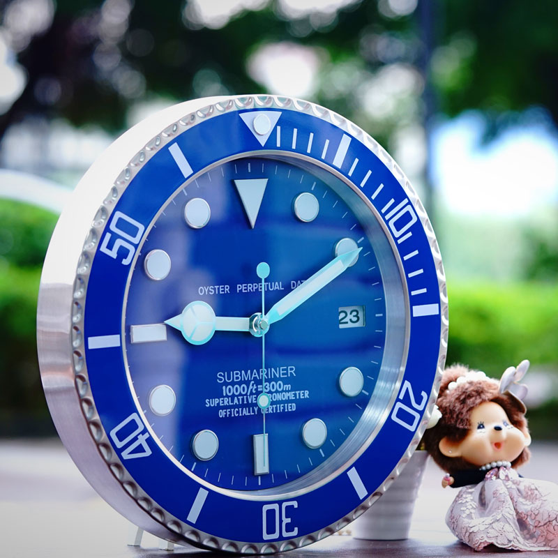 Large Luxury Wall Clock Metal Silent Wall Clocks Home Decor Luminous Bedroom Modern Watch Calendar Relogio De Parede Gift L050