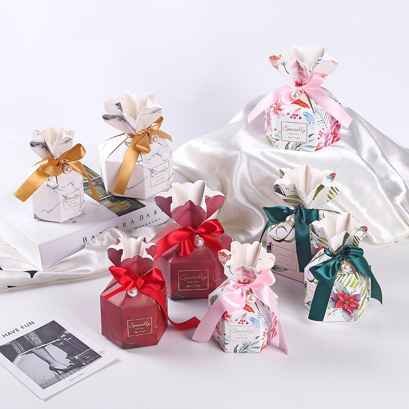 New Gift Bag Creative Paper Candy Boxes With Ribbon Wedding Favor And Gift Box For Wedding Christmas Party Decoration