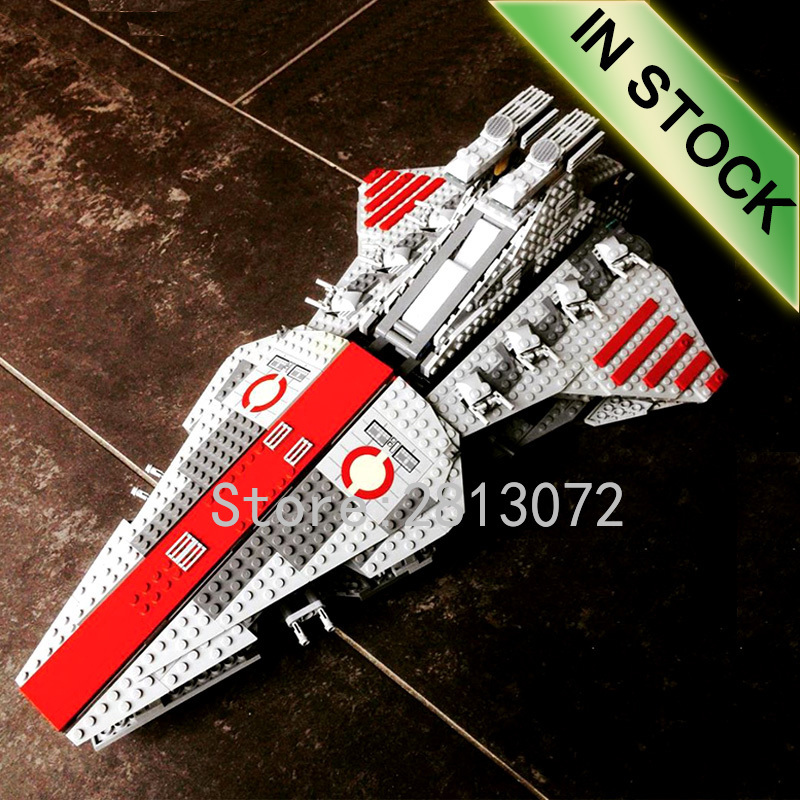 In Stock 05042 Star Series Wars The Venator-class Republic Attack Cruiser 1170Pcs Model Building Blocks Compatible 8039 05077