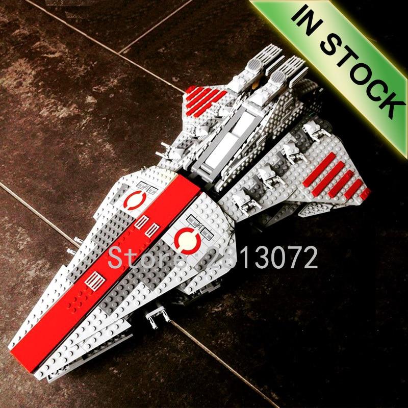 In Stock 05042 Star Series Wars The Venator-class Republic Attack Cruiser 1170Pcs Model Building Blocks Compatible 8039 05077