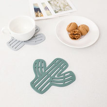 Placemat for Dining Table Stand Mug Hot Coaster Silicone Mat Cup Pad Slip Cup Mat Pad Hot Drink Holder New Cactus Pattern(China)