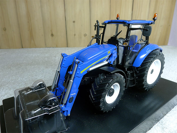 rare  Special Offer  fine  1:32  4274 T5 115 w 740 TL (22)  Tractor  Agricultural Vehicle Model  Alloy Collection Model