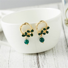 Fashion green glass flower crystals stud earrings Vintage Popular lady earrings Ethnic dazzle colour flowers earrings for women me 01 fashion dazzle colour s shaped earrings deep pink yellow multi color pair