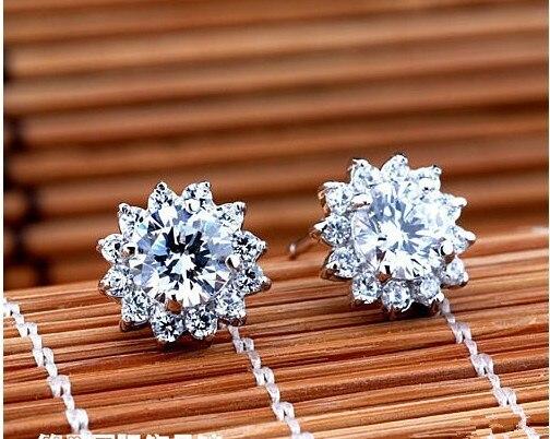 TE205 luxe qualité 2 Carats SONA simulé gemme clouté boucles d'oreilles, argent plaqué couleur bijoux de mariage, boucles d'oreilles tournesol