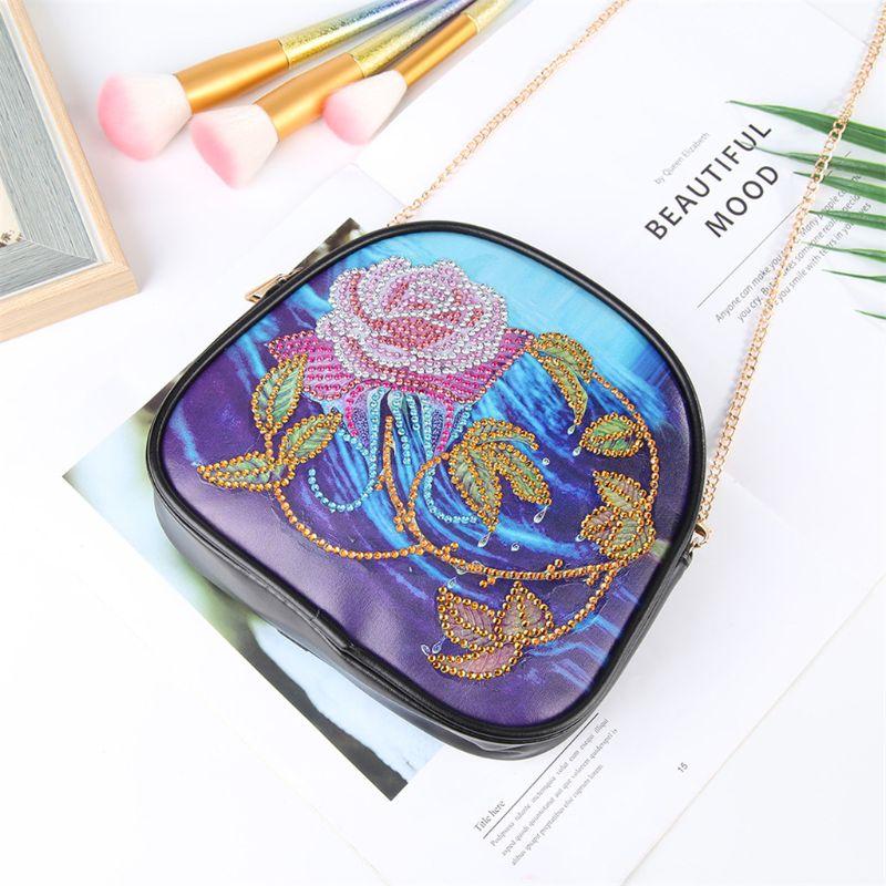 Купить с кэшбэком DIY Special Shaped Diamond Painting Wallet Diamond Painting Rose In Water