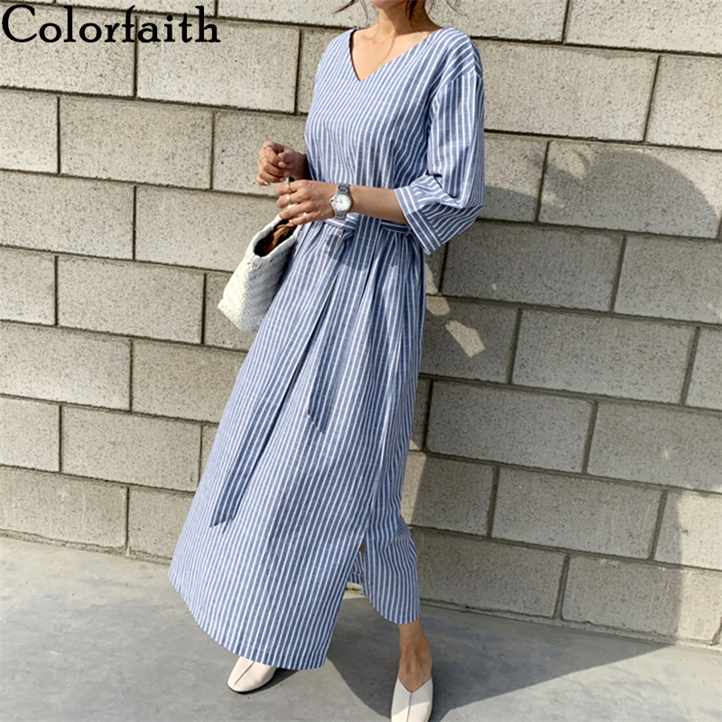 Colorfaith New 2020 Summer Women Dress Loose Lace Up Casual V-neck Half Sleeve Striped Split Cotton And Linen Long Dress DR6025