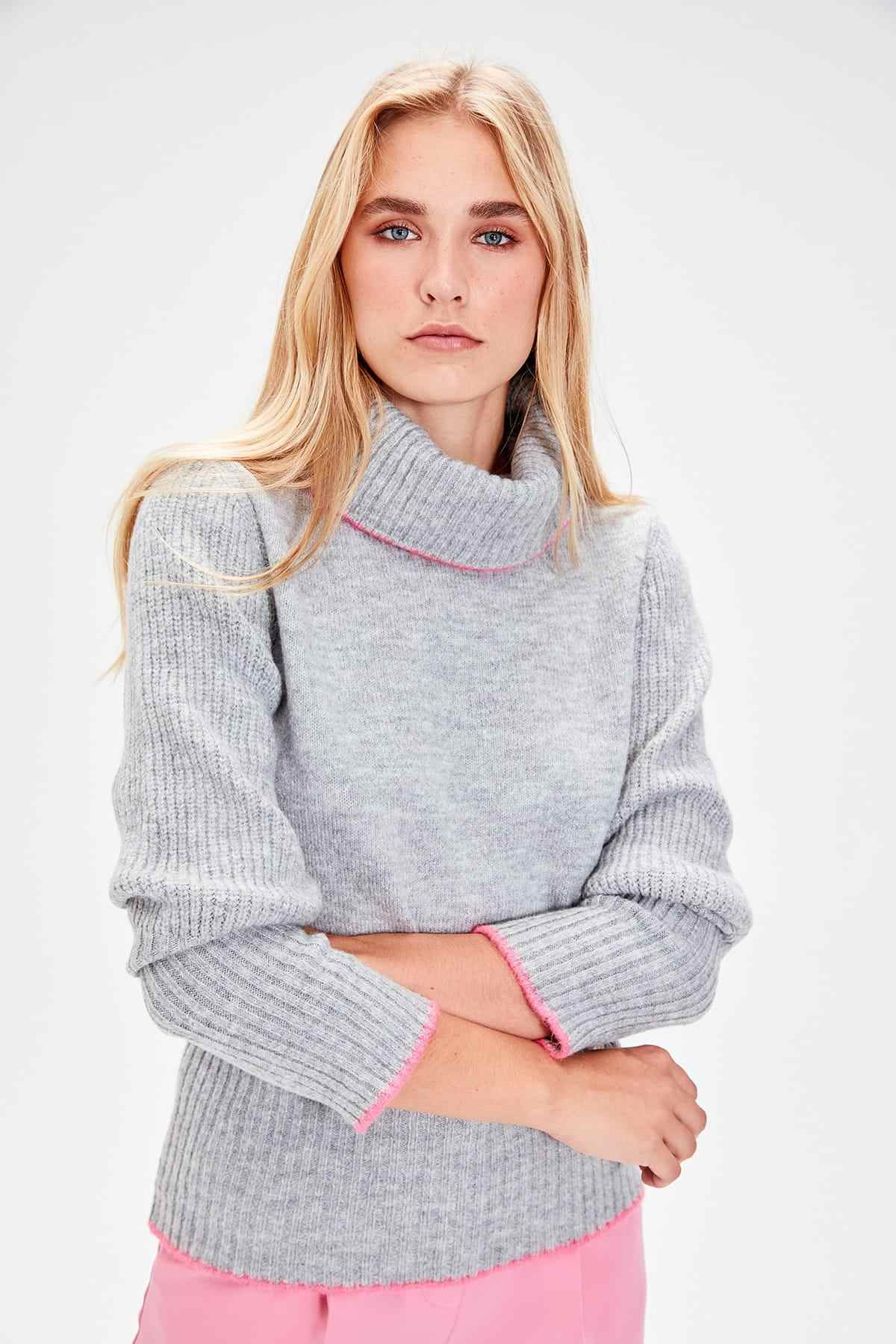Trendyol Gray-Throated Ribbon Detail Sweater Sweater TWOAW20KZ0005