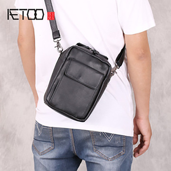 AETOO Men's mini men's one-shoulder bag, leather handbag, handmade mobile waist bag