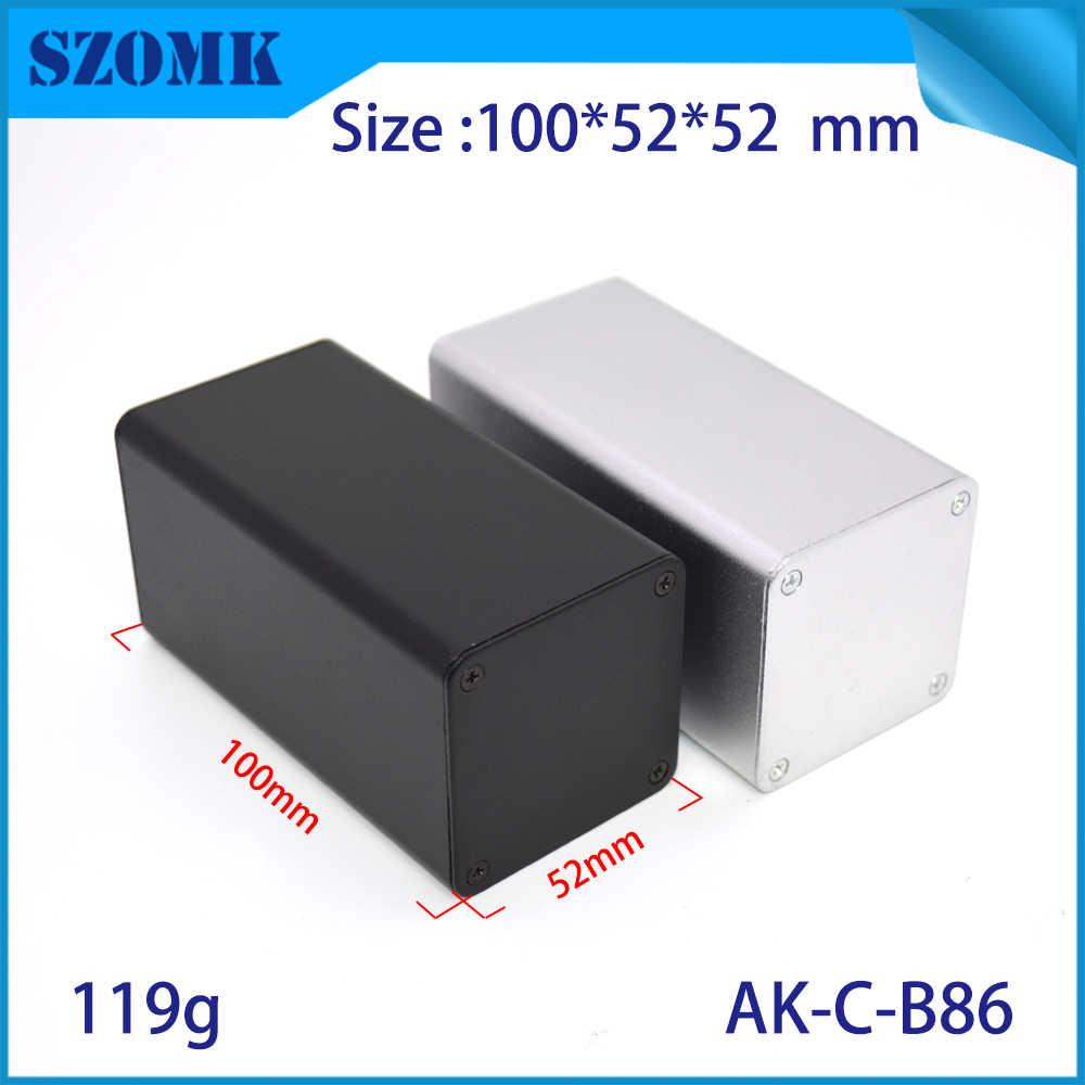4 個 110*52*52 ミリメートル szomk 立方体押出アルミジャンクションボックス産業 pcb のアルマイトボックスアルミエンクロージャ