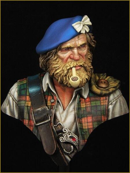 1/10 Resin Bust Model Kit Scottish Soldier