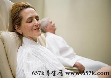 老人失眠怎么办 正确认识失眠保持平和心态才是关键