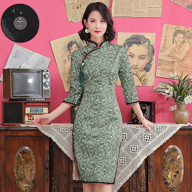 Large Size 3XL 4XL Sexy Young Lady Chinese Long Mandarin Collar Cheongsam Half Sleeve Vintage Button Qipao Evening Party Dress