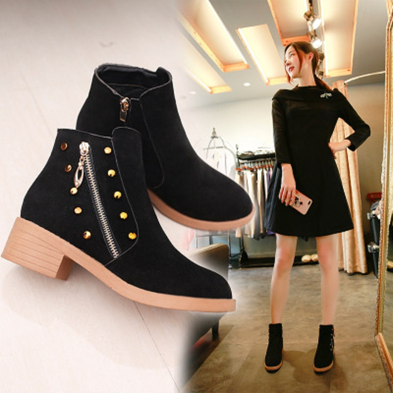 Soft Bottom Comfortable Booties Leather Retro Ankle Boots Fashion Simple Personality Square Head Casual Shoes Womens Shoes