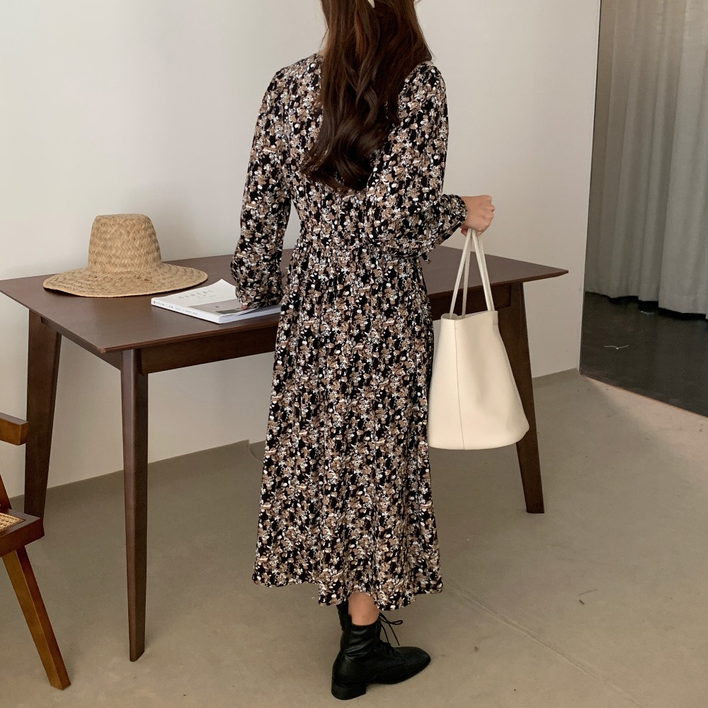 H2ef6a2285cca4fc597f312065d5ec420E - Autumn Square Collar Lantern Sleeves Floral Print Midi Dress
