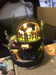 Image 2 - 포레스트 나무 토토로 DIY 인형 집 홈 인테리어 수제 만화 키트 미니어처 홈 조립 장난감 인형 집 선물 장난감