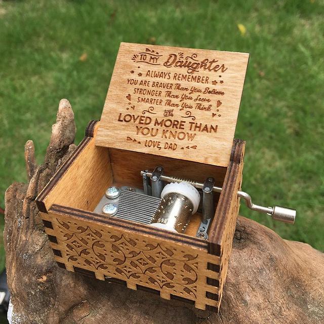 Boîte à musique en bois Antique reine | Gravure rétro, Game of Thrones anges, amour beauté, boîte à musique, cadeau heureux noël, vente en gros