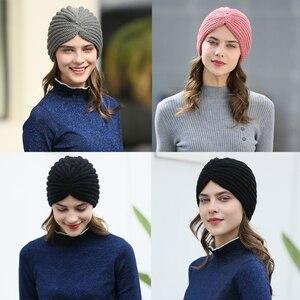 Image 2 - Haimeikang נשים חדש בנדנות טורבן חורף לסרוג טורבן כובע מרכז צלב שיער צעיפים Boho מסוקס חם מוסלמי סרט כובע