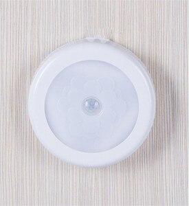 Image 5 - Sensore di movimento Attivo Batteria Luce PIR LED Luci notturne senza Fili Magnetico Cabinet Closet Scala Lampada Da Parete Per Corridoio di illuminazione