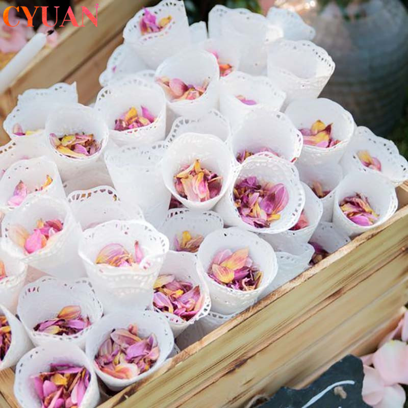 200pcs White Round Lace Paper Vintage Wedding Decoration Placemats Scrapbooking DIY Crafts Paper Candy Cone Gift Wrapper