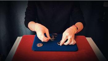 2020 m-box autorstwa jimmy #8217 ego fana-magiczne sztuczki-magiczne sztuczki tanie i dobre opinie TR (pochodzenie) Unisex Jeden rozmiar online files Nauka ŁATWE DO WYKONANIA Beginner Profesjonalne Dla magików ulica Etap