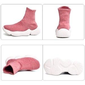 Image 5 - Obuwie dziecięce 2019 modne dziewczęta chłopcy trampki dziecięce siatkowe latające tkactwo Casual Sport Running ultralekkie buty dziecięce skarpety