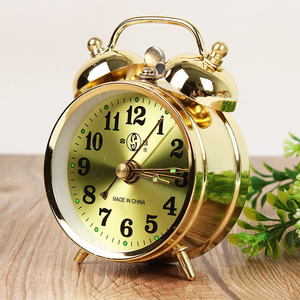 Retro Gold Mechanical Alarm Clock Vintage Manual Wind Up Clock Metal Snooze Table Clock Home Decoration