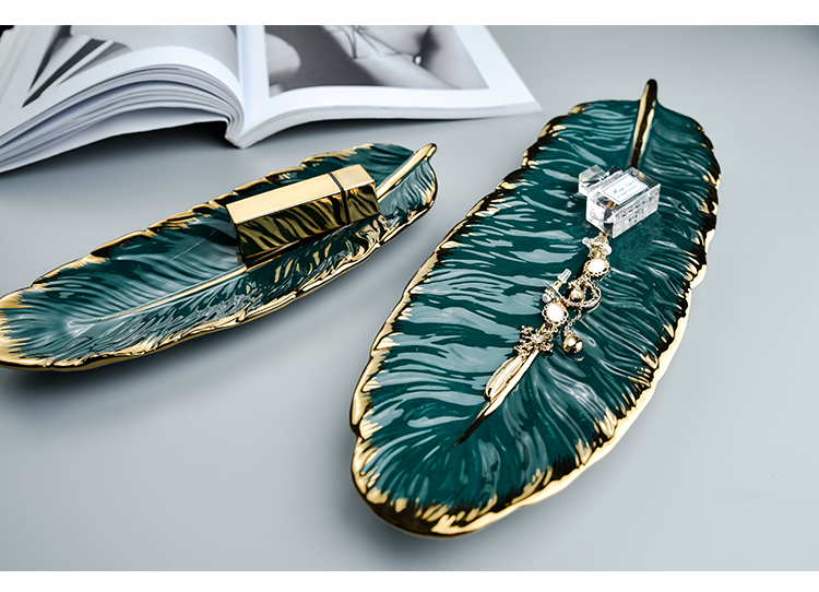 Luxury Ceramic Platter Storage Tray with Glod Rim Green Leaf Glod Feather Jewelry Makeup Brush Storage Decorative Sushi Plate