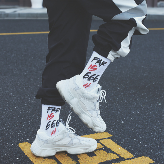 666 European And American Streets Fashion Socks Men And Women Thigh High Socks Harajuku Sports Long Socks Popular Brand Lettered