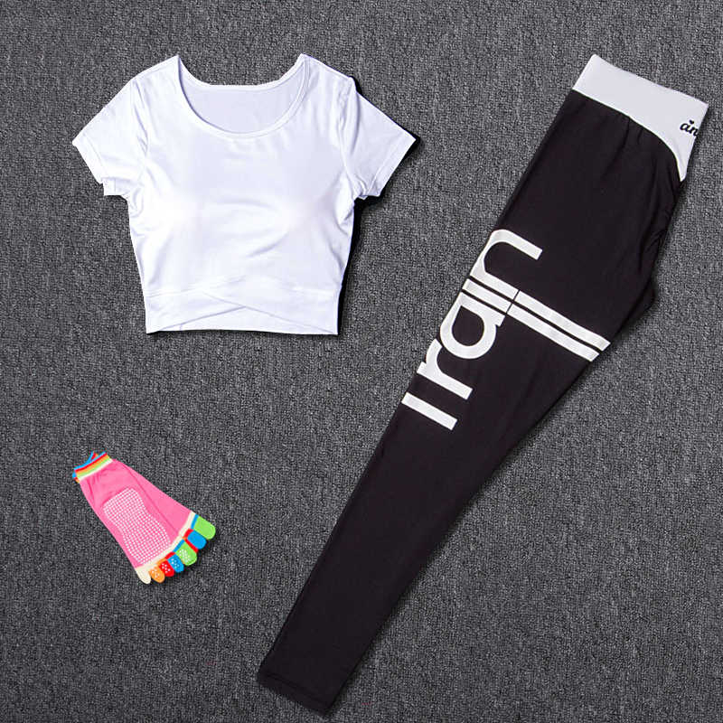 Conjuntos de Yoga para mujer, traje deportivo, ropa deportiva para correr, Leggings + calcetines de Yoga + Camiseta deportiva, entrenamiento, gimnasio, conjuntos deportivos, ropa deportiva